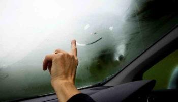Что делать, если запотевают окна в машине изнутри: причины и их решение