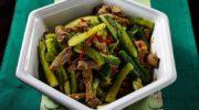Рецепт приготовления корейской закуски из огурцов с мясом