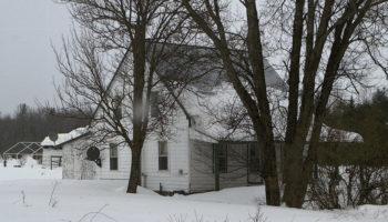 Дача зимой: 10 полезных дел в холодную пору